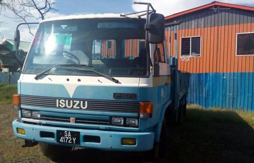 Isuzu fsr cargo yr2000 rm34.5k -a